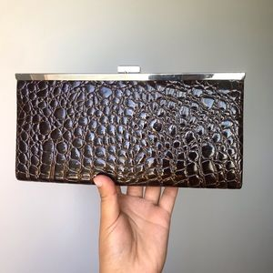 NWT Jessica Crocodile Skin Leather straped Wallet